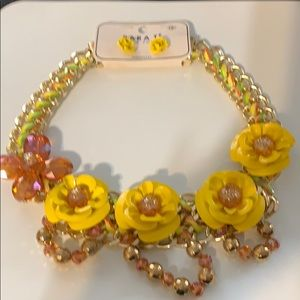 18 inch necklace flowers all over